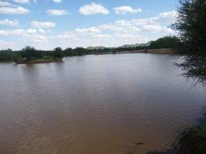Gefüllter Damm auf Krumhuk